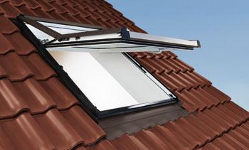Dachfenster – Dachfenstertausch – Problemlos vom Meisterbetrieb – Roto_WDF_73_K_AL_IM_A_21_5_01