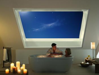 Dachfenster – Panoramadachfenster – Roto_Azuro_Abend_02